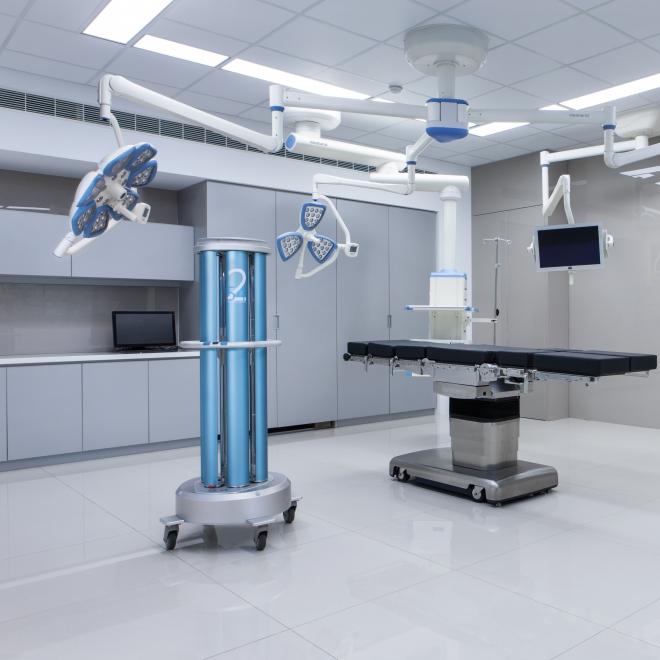 Mit tud az UVC-fénnyel fertőtlenítő robot?