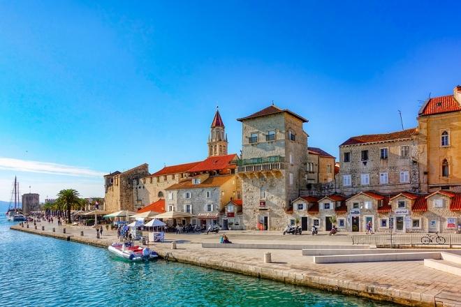 A járvány enyhülésével elindult a nyári idény a horvát tengerparton