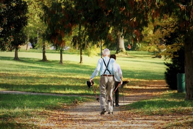 Ösztönözzük mozgásra idős szeretteinket!