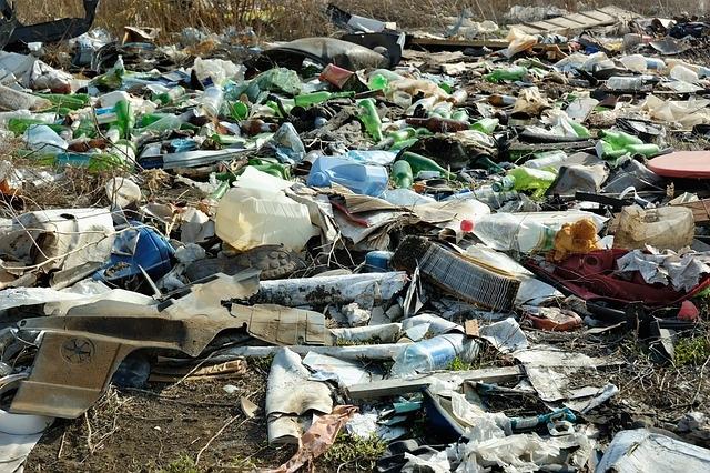 20 éven belül belefulladunk az 1,3 milliárd tonna felhalmozódott műanyagszemétbe