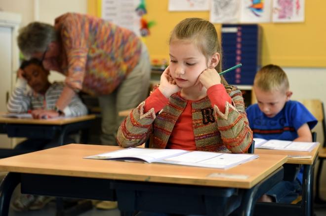 Járványügyi intézkedési protokollt kapnak az iskolák