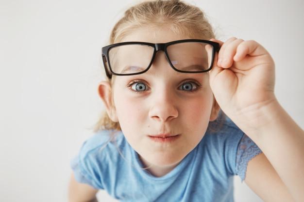 Iskolakezdéskor derülhet ki, hogy szemüvegre van szükség