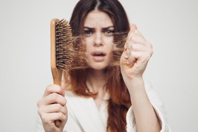 Mikor beszélhetünk kóros hajhullásról?