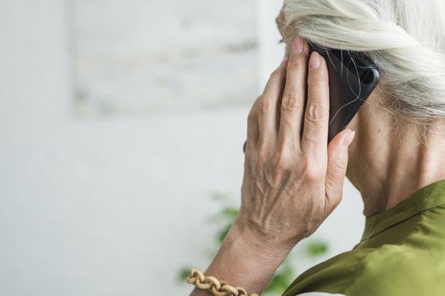Hogy vásároljunk mobilt idős hozzátartozóinknak karácsonyra?