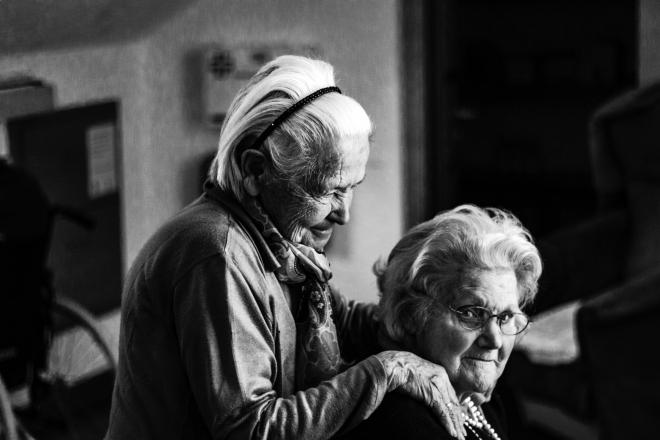 Miért nincs egységes időskori ellátás Magyarországon?