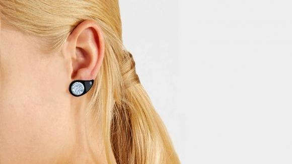 Vércukorszintmérő fülbevalót fejlesztettek ki