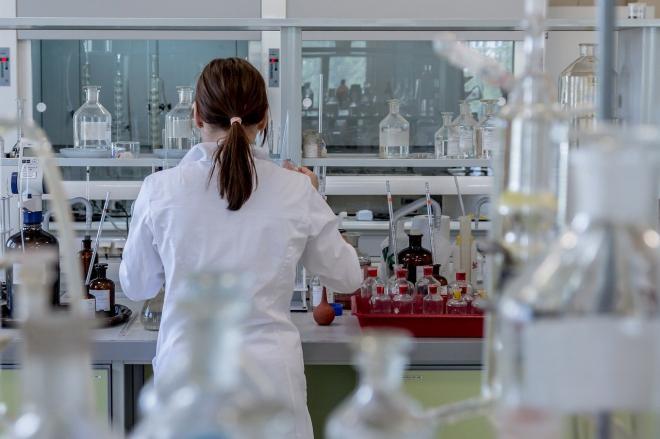 Nanotechnológiával foglalkozó nőket díjaztak