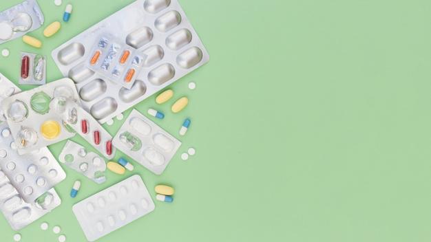 Milyen gyógyszereket vigyünk magunkkal utazáskor?