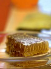 A propolisz gyógyítja a visszéreket. ESI Royal Jelly méhpempő