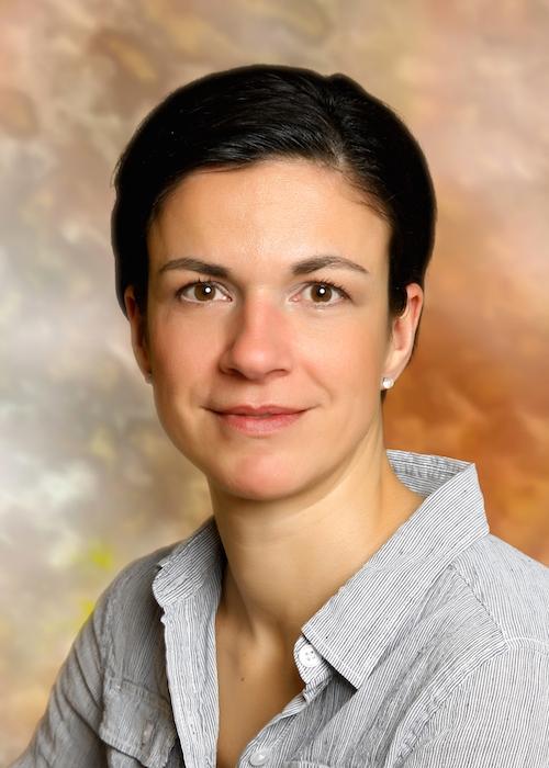 Dr. Aschenbrenner Zsuzsanna gyermekorvos,