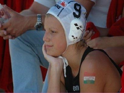 Tóth Ildikó Európa-bajnok magyar válogatott vízilabdázó, Magyar Ezüst Érdemkereszttel kitüntetett sportoló, az UVSE női csapatának tagja.