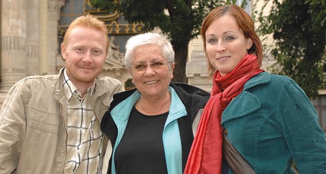 A TV régi székháza előtt Kovács Róberttel és Acél Rékával - 2010, fotó: Zih Zsolt