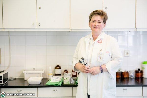 Dr. Kuroli Enikő